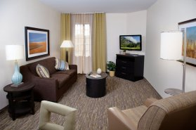 candlewood suites living room
