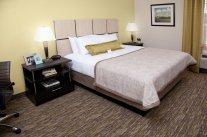 candlewood suites room